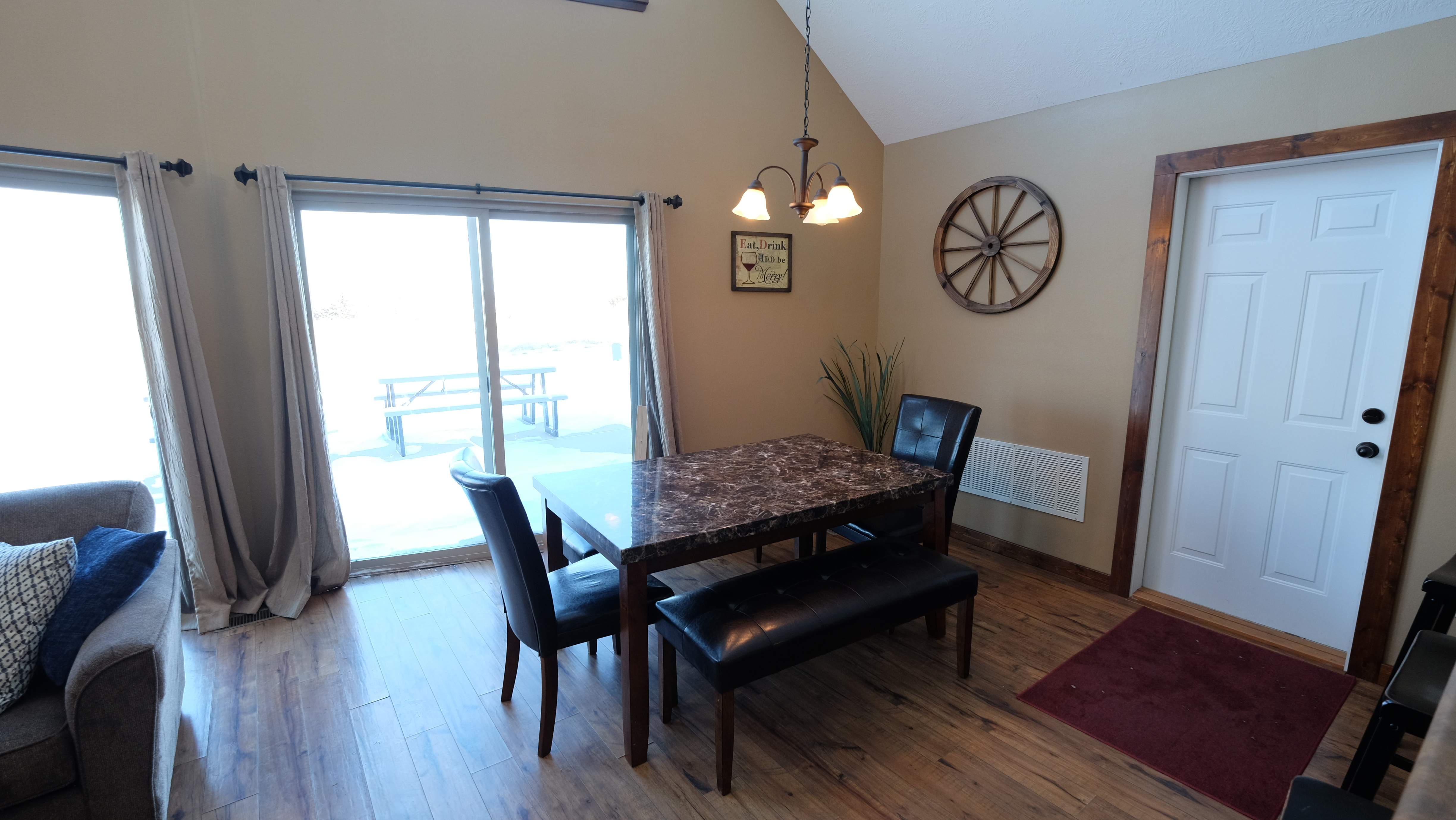 rentals the boat a bridges enjoy bay to relax cabins hoist park great also arnolds available properties okoboji cabin rent view condo at
