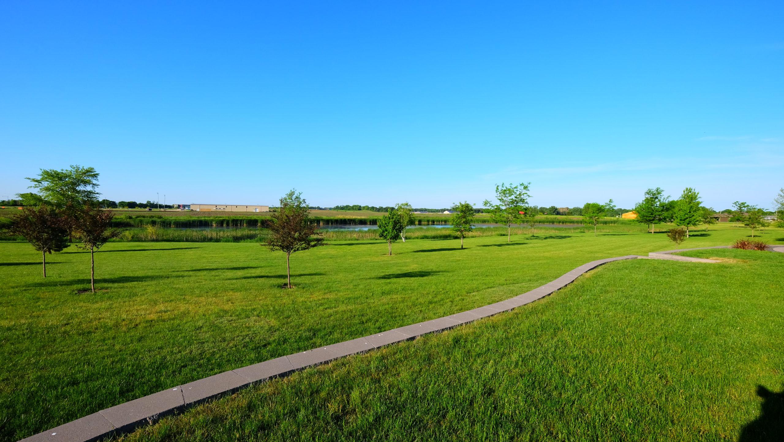 Hawthorn Park to Build